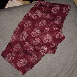 H&M skull print scarf. NWOT, never worn.